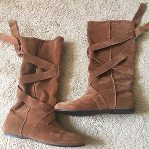 Tan Suede Aldo Boots With Straps 36